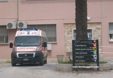 Ambulanza del 118 presso l'Ospedale San Giacomo di Torremaggiore - www.torremaggiore.com