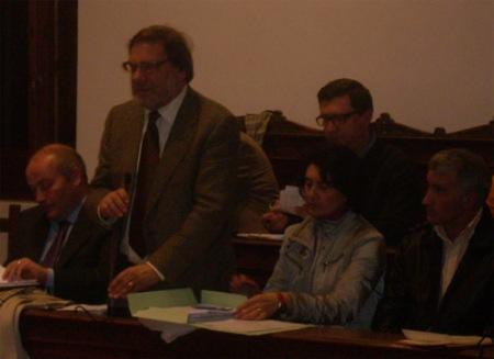 L'ex consigliere Livio Nesta al Consiglio Comunale di Torremaggiore del 9 dicembre 2010