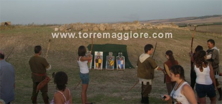 Arcieri a  Castel Fiorentino - Torremaggiore (FG) - www.torremaggiore.com -