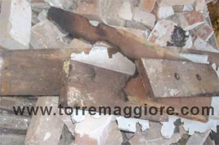 Profanata la Tomba del Principe De Sangro a Torremaggiore - 2011 - www.torremaggiore.com
